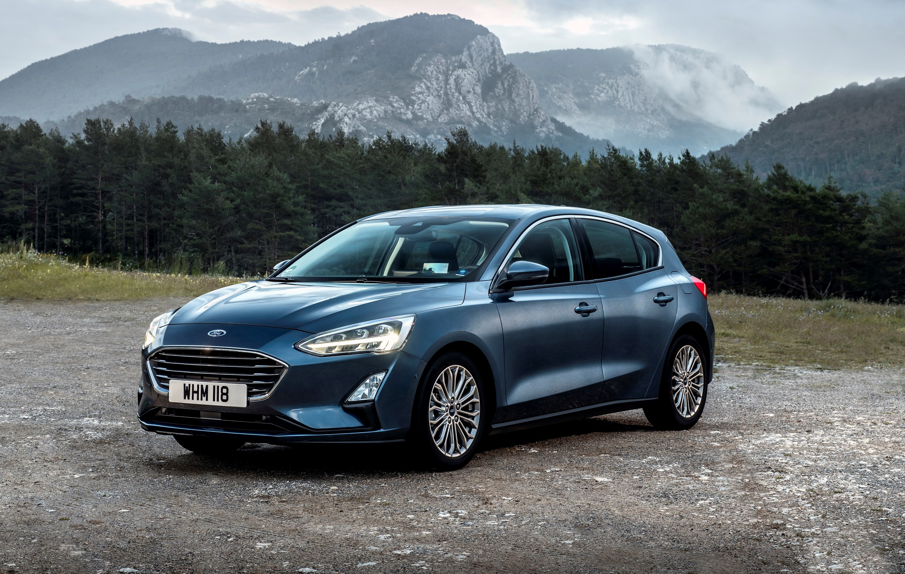 2018_ford_focus_drive1